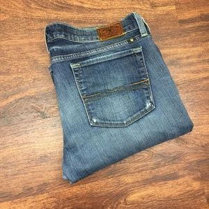 LUCKY BRAND Women's Zoe Boot Cut Blue Denim Jeans
